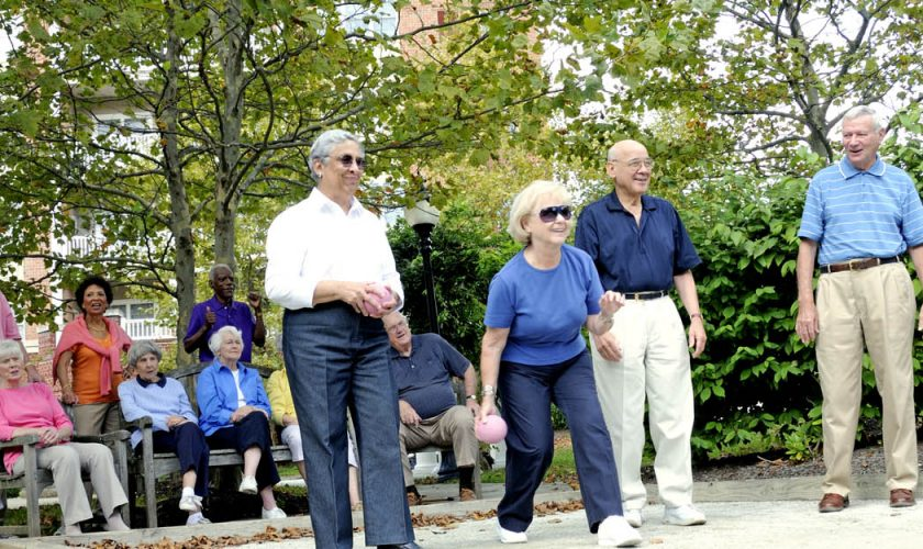 How to Downsize for Retirement Community Life