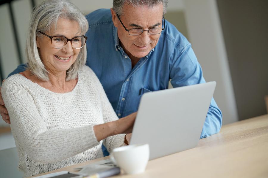 Social Media Tips for Seniors